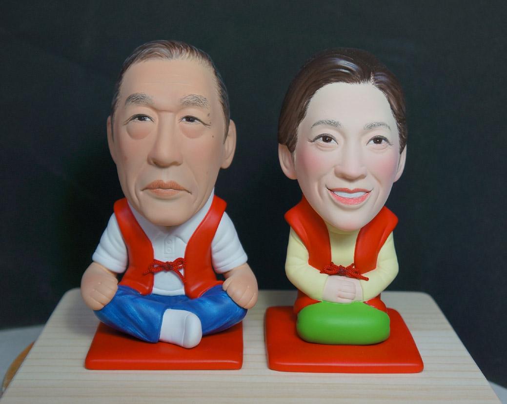 還暦のお祝い(赤い座布団&ちゃんちゃんこ)-そっくり人形参考作品例-62-1
